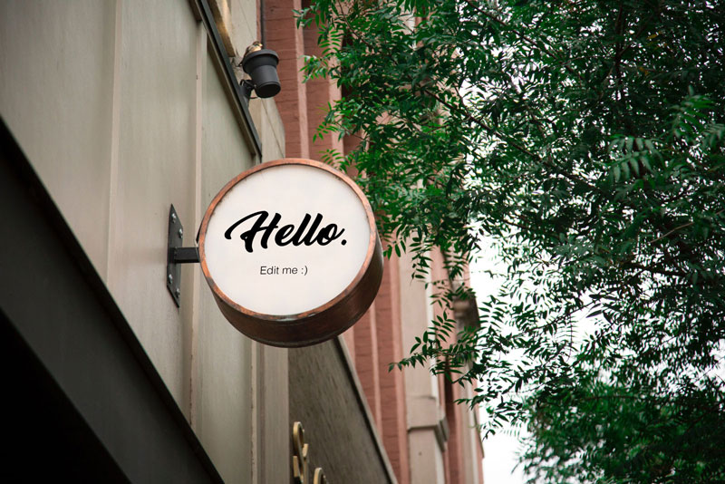 22-realistic-round-sign-mockup-outdoors-freebie